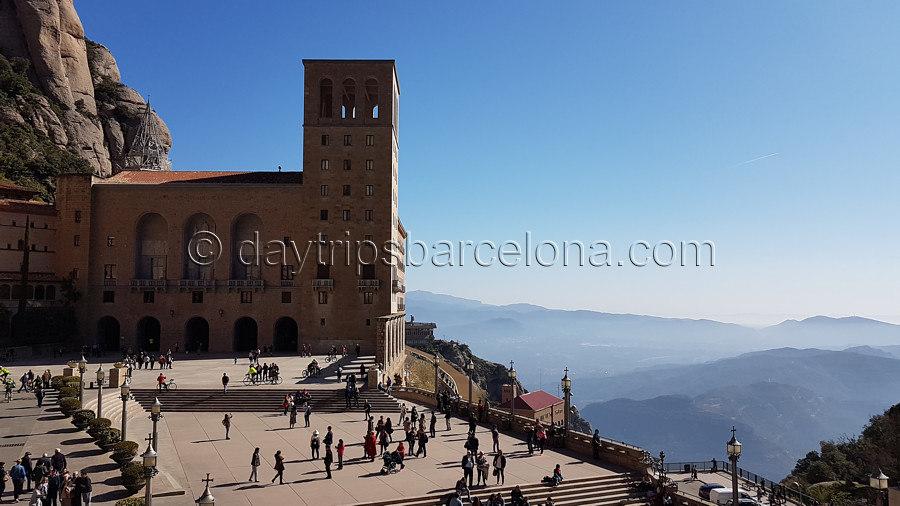 Montserrat Morning Tour - B2M Montserrat Mountain & Basilica